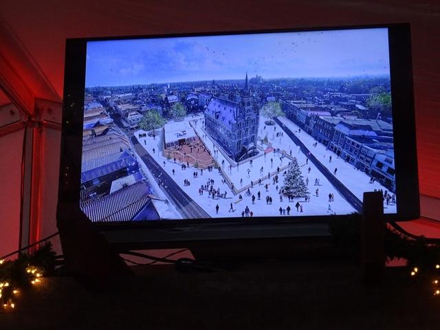 IJsbaan op de Markt in Gouda officieel geopend